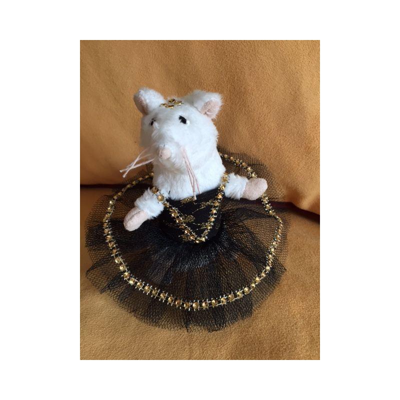 Petite souris en tutu noir