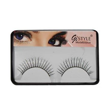 Faux cils brillants